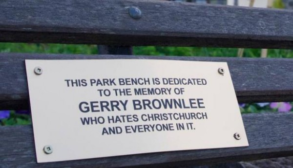 gerry_brownlee_park_bench_sign_E1