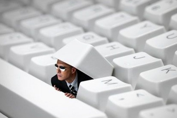 FBI-to-Look-Into-School-Spied-on-Students-via-MacBook-Webcams-Case-2