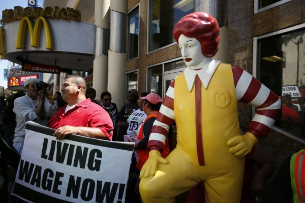 Fast-food-workers-living-wage-now-with-ronald-mcdonald1-1024x682