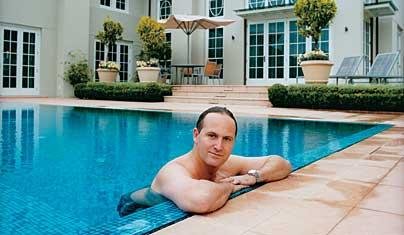 John-Key-Swimming-Pool-Metro-2006