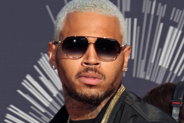 chris-brown_2014-mtv-vma_1200