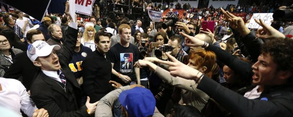 violence-breaks-out-after-trump-rally-in-chicago-is-postponed-over-safety-concerns-1457746513