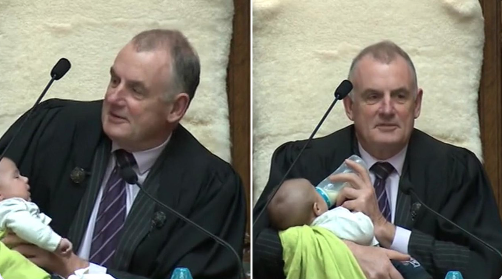 The hypocrisy of Mallard – After cuddling babies in the Speaker's Chair, he bans protesters | The Daily Blog