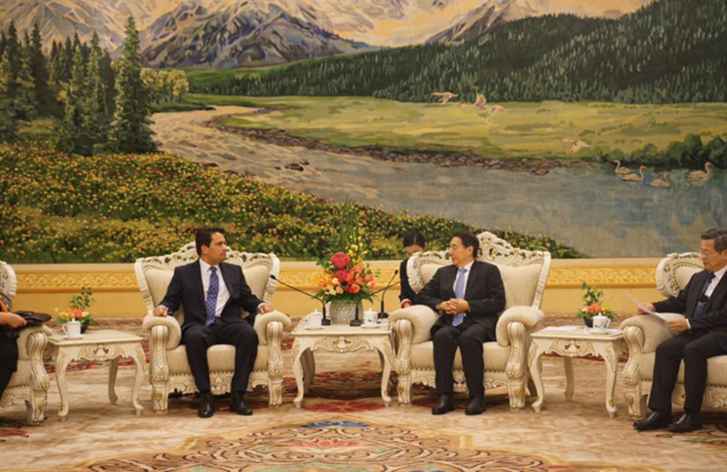 TWITTER WATCH: Ummmmm – why did Simon Bridges meet with the leader of China's secret police??? | The Daily Blog